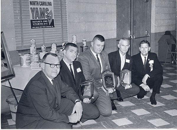300 Bushel Club 1964small