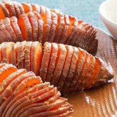 Featured Recipe: Hasselback Sweetpotatoes